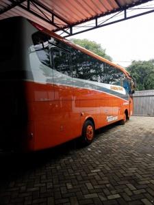 Persewaan Bus di Malang murah